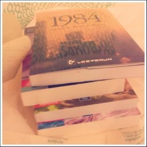Necesitaba distraerme dos horas, así que entré a la librería por un libro... salí con 4.